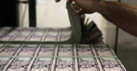 Placeholder - loading - Imagem da notícia Dólar cai em meio a apetite global por risco com esperanças de estímulo nos EUA