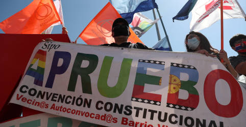 Placeholder - loading - Chilenos que rejeitaram Pinochet em referendo decidirão se mantêm Constituição feita na ditadura