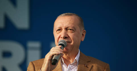 Placeholder - loading - Imagem da notícia Turquia tomará medidas legais e diplomáticas contra caricaturas de Erdogan na França