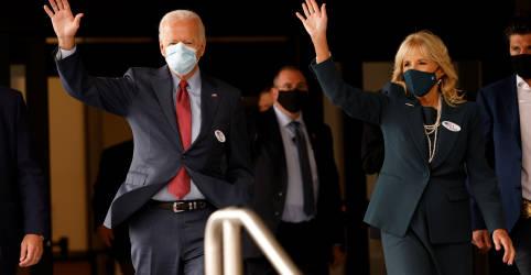 Placeholder - loading - Imagem da notícia Biden e esposa votam antecipadamente nos EUA