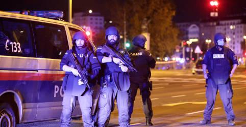Placeholder - loading - Imagem da notícia Suposto ataque terrorista em Viena deixa pelo menos 1 morto