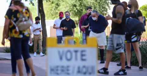 Placeholder - loading - Imagem da notícia FBI investiga telefonemas automáticos pedindo para que pessoas 'fiquem em casa' em dia de eleição nos EUA