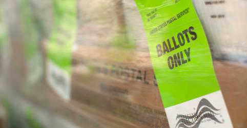 Placeholder - loading - Imagem da notícia Juiz ordena que Serviço Postal dos EUA procure cédulas atrasadas em Estados decisivos