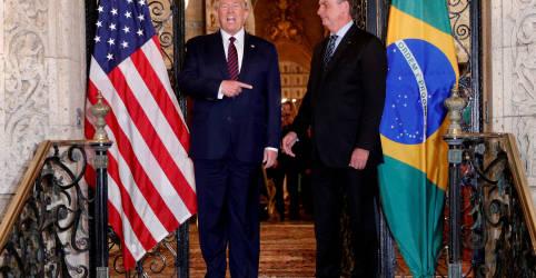 Placeholder - loading - Imagem da notícia Esperança é a última que morre, diz Bolsonaro sobre situação de Trump em eleição nos EUA