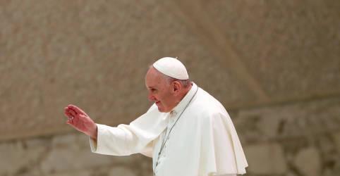 Placeholder - loading - Imagem da notícia Papa altera administração de fundos do Vaticano após escândalo imobiliário em Londres