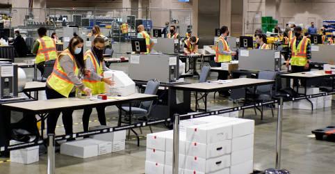 Placeholder - loading - Imagem da notícia Contagem de votos pelo correio na Filadélfia é temporariamente interrompida, diz MSBC