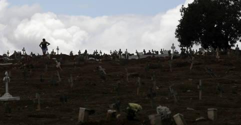 Placeholder - loading - Imagem da notícia Brasil registra 630 novas mortes por Covid-19 e total vai a 161.736