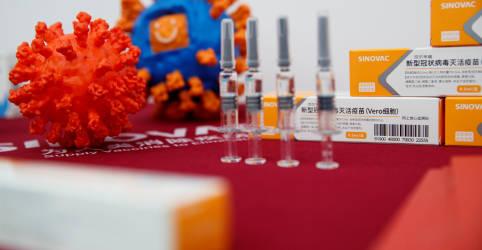 Placeholder - loading - Imagem da notícia Evento adverso que parou testes com CoronaVac foi suicídio de voluntário, diz fonte