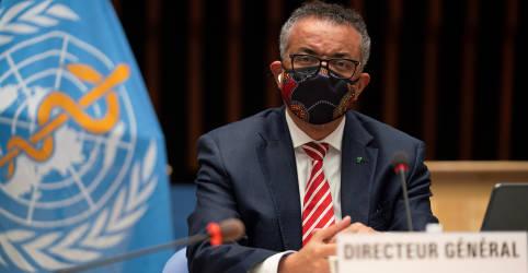 Placeholder - loading - Imagem da notícia Chefe da OMS diz que coronavírus 'não cansou' e faz apelo por vigilância