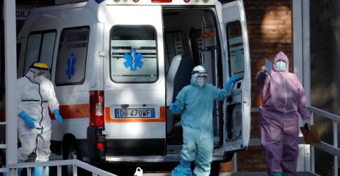 Placeholder - loading - Imagem da notícia Europa 'precisa aguentar firme' diante de Covid-19 conforme euforia com vacina diminui