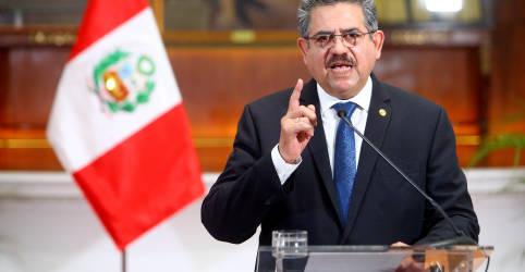 Placeholder - loading - Imagem da notícia Após violência em protestos, presidente interino do Peru apresenta renúncia 'irrevogável'