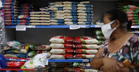 Placeholder - loading - Imagem da notícia Mercado eleva perspectiva para Selic em 2021 em meio a aumento nas estimativas de inflação
