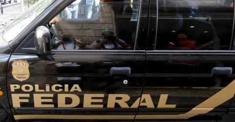 Placeholder - loading - Imagem da notícia PF cumpre mais de 200 mandados e apreende R$400 milhões em bens em operação contra narcotráfico