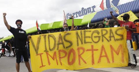 Placeholder - loading - Imagem da notícia Carrefour Brasil promete fundo contra racismo após assassinato de cliente