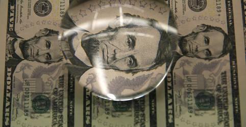 Placeholder - loading - Dólar tem leve alta ante real de olho em exterior e incertezas domésticas