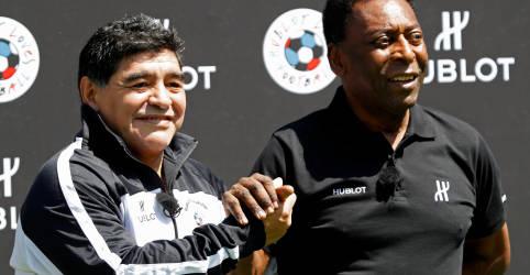 Placeholder - loading - Imagem da notícia 'Com certeza um dia vamos bater uma bola juntos lá no céu', diz Pelé após morte de Maradona