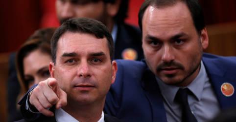 Placeholder - loading - Imagem da notícia À PF, Moro diz ter ouvido de 'ministros palacianos' que Carlos Bolsonaro participava do 'gabinete do ódio'