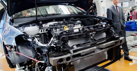 Placeholder - loading - Imagem da notícia Recuperação da indústria da zona do euro perde força em novembro, aponta PMI
