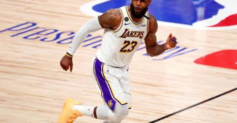 Placeholder - loading - Imagem da notícia LeBron renova contrato com Lakers por 2 anos em acordo de US$85 milhões