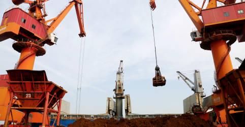Placeholder - loading - Importação chinesa de minério de ferro cai pelo 2º mês consecutivo; cresce no ano