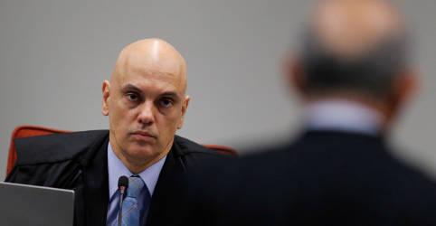 Placeholder - loading - Imagem da notícia Moraes deixa para plenário do STF decidir como será depoimento de Bolsonaro em ação sobre PF