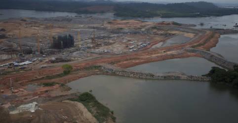 Placeholder - loading - Imagem da notícia Discussão sobre vazão de Belo Monte gera tensão entre acionistas e governo