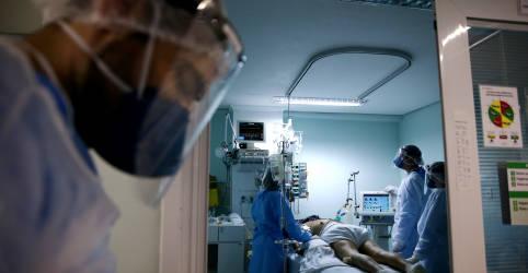 Placeholder - loading - Imagem da notícia Brasil ultrapassa marca de 180 mil mortes por Covid-19