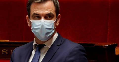 Placeholder - loading - Imagem da notícia França iniciará vacinação contra Covid-19 no domingo, diz ministro da Saúde