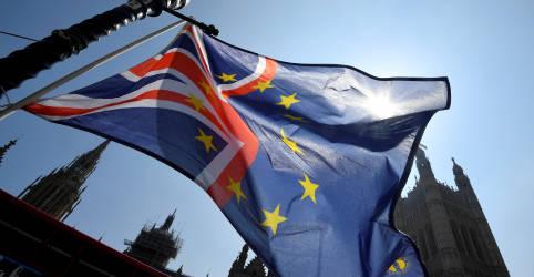 Placeholder - loading - UE promete 'impulso final' em acordo comercial com Reino Unido com divergências sobre pesca diminuindo