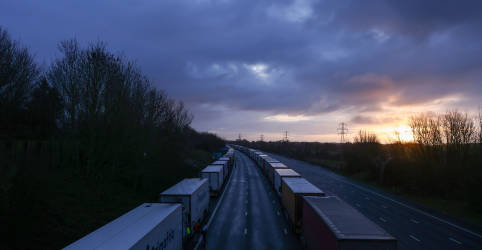 Placeholder - loading - França vai reabrir fronteira com Inglaterra para viajantes sem Covid-19