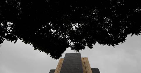 Placeholder - loading - Estoque de crédito no Brasil sobe 2,0% em novembro e encosta em R$4 tri, diz BC