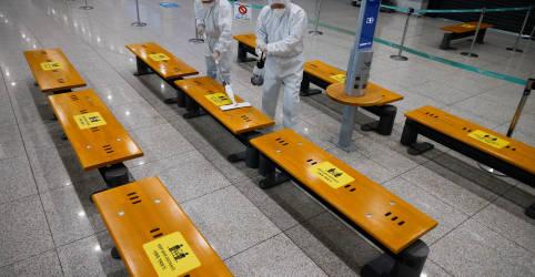 Placeholder - loading - Imagem da notícia Coreia do Sul acelerará vacinação contra coronavírus após detectar variante britânica