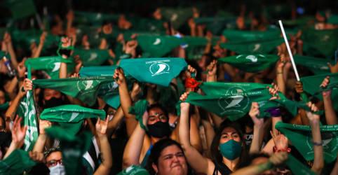 Placeholder - loading - Senado da Argentina aprova legalização do aborto