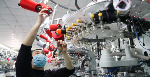 Placeholder - loading - Imagem da notícia Recuperação econômica da China está acelerando, diz Politburo