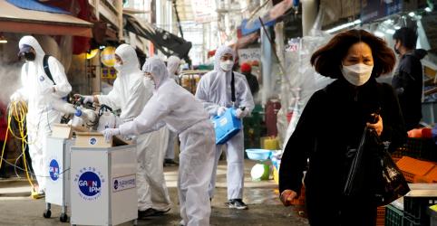 Placeholder - loading - Coronavírus se espalha mais rapidamente fora da China e temor de impacto nos EUA afeta mercados