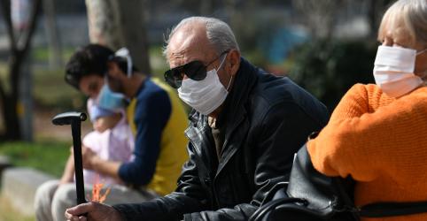 Placeholder - loading - Imagem da notícia Grécia cancela festividades de Carnaval após novos casos de coronavírus