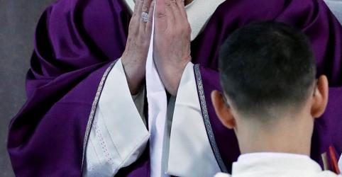 Papa cancela evento por estar 'ligeiramente indisposto', diz Vaticano