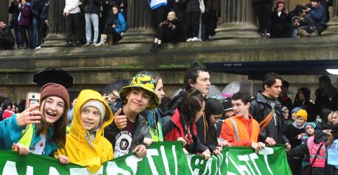 Placeholder - loading - 'O mundo está em chamas', diz Greta Thunberg em protesto pelo clima na Inglaterra