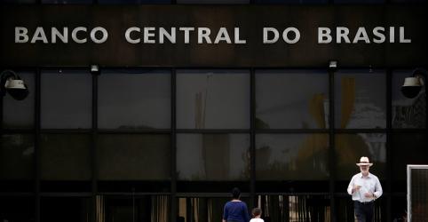 Ajuda para grandes empresas envolve medidas de dívida e títulos conversíveis, diz Campos Neto