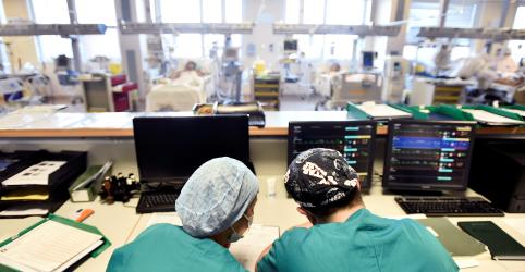 Itália tem aumento em números diários de mortes e novos casos de coronavírus