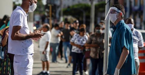 Placeholder - loading - Imagem da notícia Brasil tem recorde de 3.058 casos de coronavírus em 24 horas e mais 204 mortes