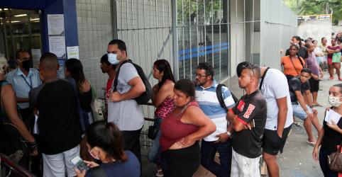 Placeholder - loading - Imagem da notícia Governo cancela adiantamento de 2ª parcela de auxílio emergencial e diz que precisa de crédito suplementar