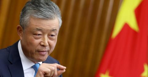 Placeholder - loading - Imagem da notícia China não escondeu surto de coronavírus, diz embaixador chinês em Londres