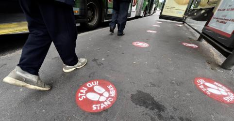 Número diário de mortes por coronavírus na Itália aumenta, mas país tem queda em novos casos