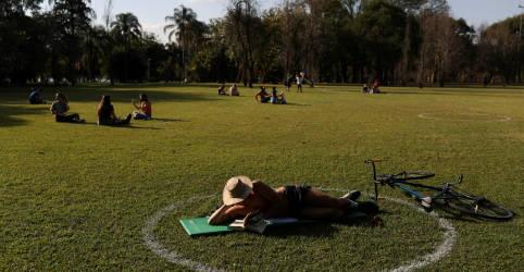 Placeholder - loading - Imagem da notícia Brasil registra 20.286 novos casos de coronavírus e mais 733 mortes