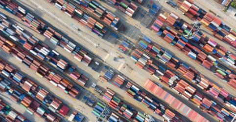 Placeholder - loading - China registra primeiro crescimento das importações desde pandemia, exportações sobem em junho