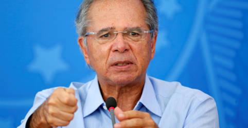 Placeholder - loading - Imagem da notícia Governo espera investimentos de até R$700 bi em saneamento nos próximos anos, diz Guedes