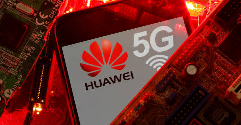 Placeholder - loading - Imagem da notícia Mourão considera difícil banir a Huawei do leilão de 5G