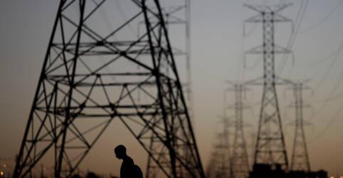 Placeholder - loading - Imagem da notícia ONS eleva projeção e vê carga de energia subir em julho apesar de pandemia
