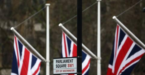 Placeholder - loading - Imagem da notícia Relatório parlamentar britânico diz que Rússia interferiu em votação escocesa
